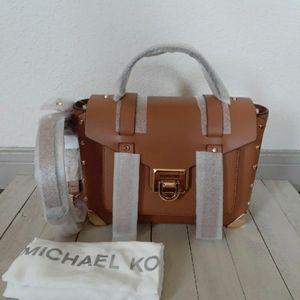 Michael Kors Manhattan Medium satchel